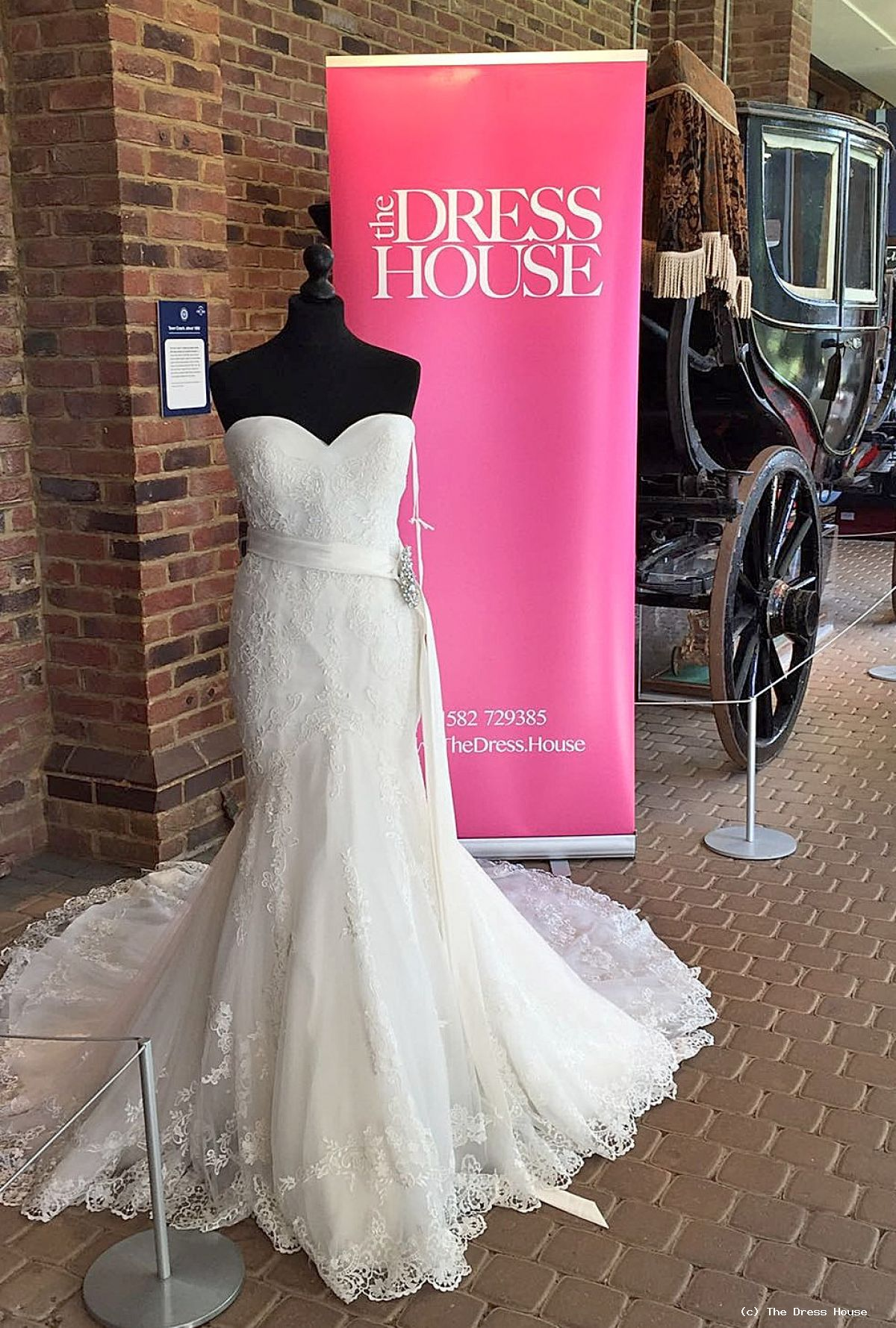 The dress house luton - Busy Day At Stockwood Wedding Fair Luton