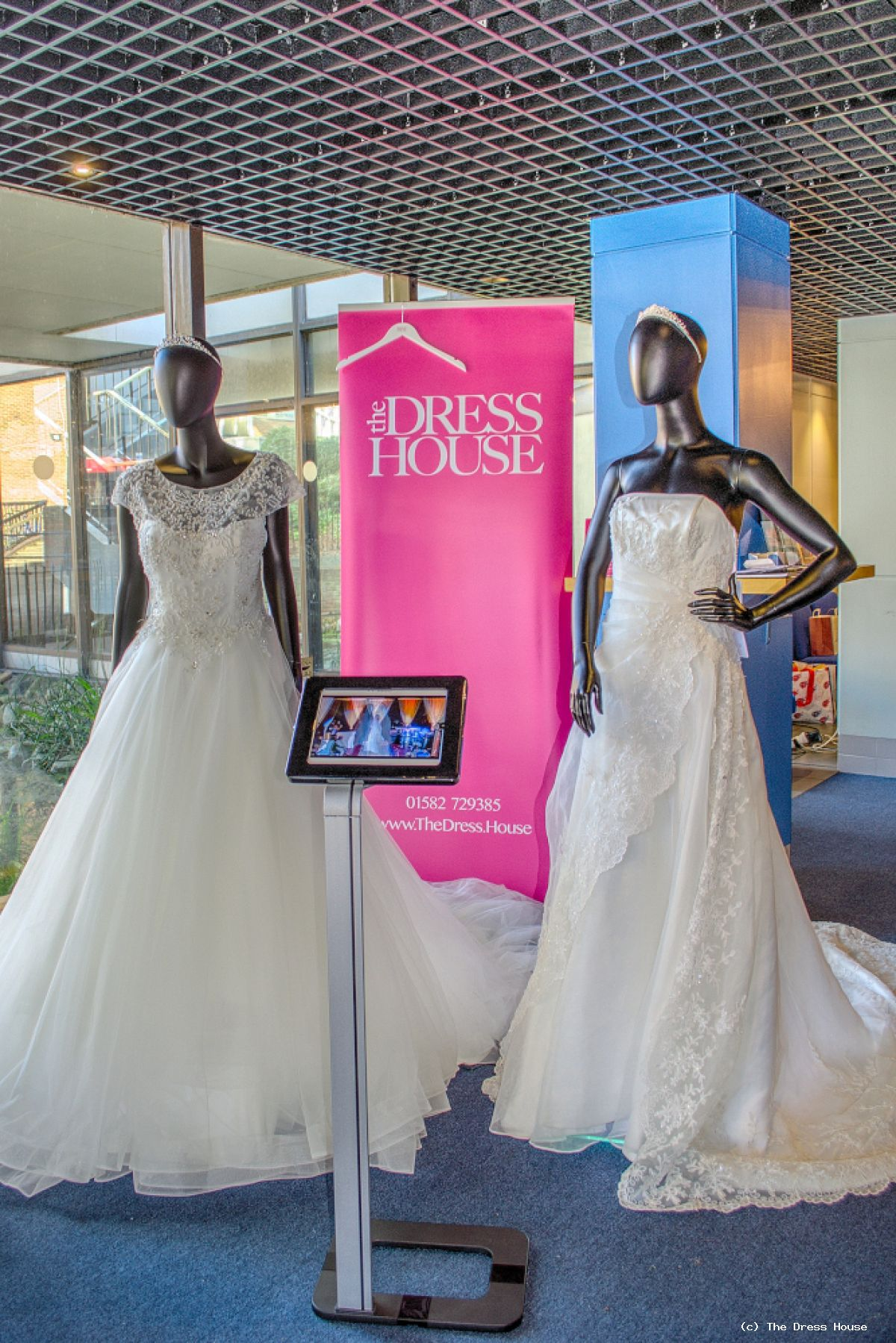 Doors Close On A Hectic St. Albans Wedding Fair | News | The Dress House