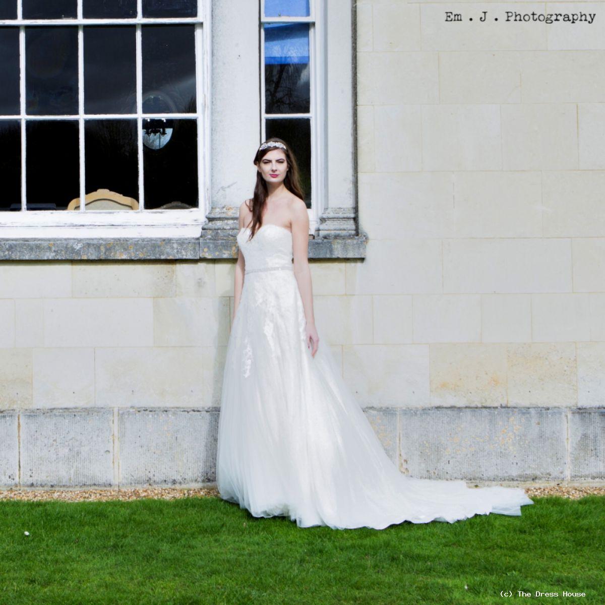 The A Line Wedding Dress Silhouette
