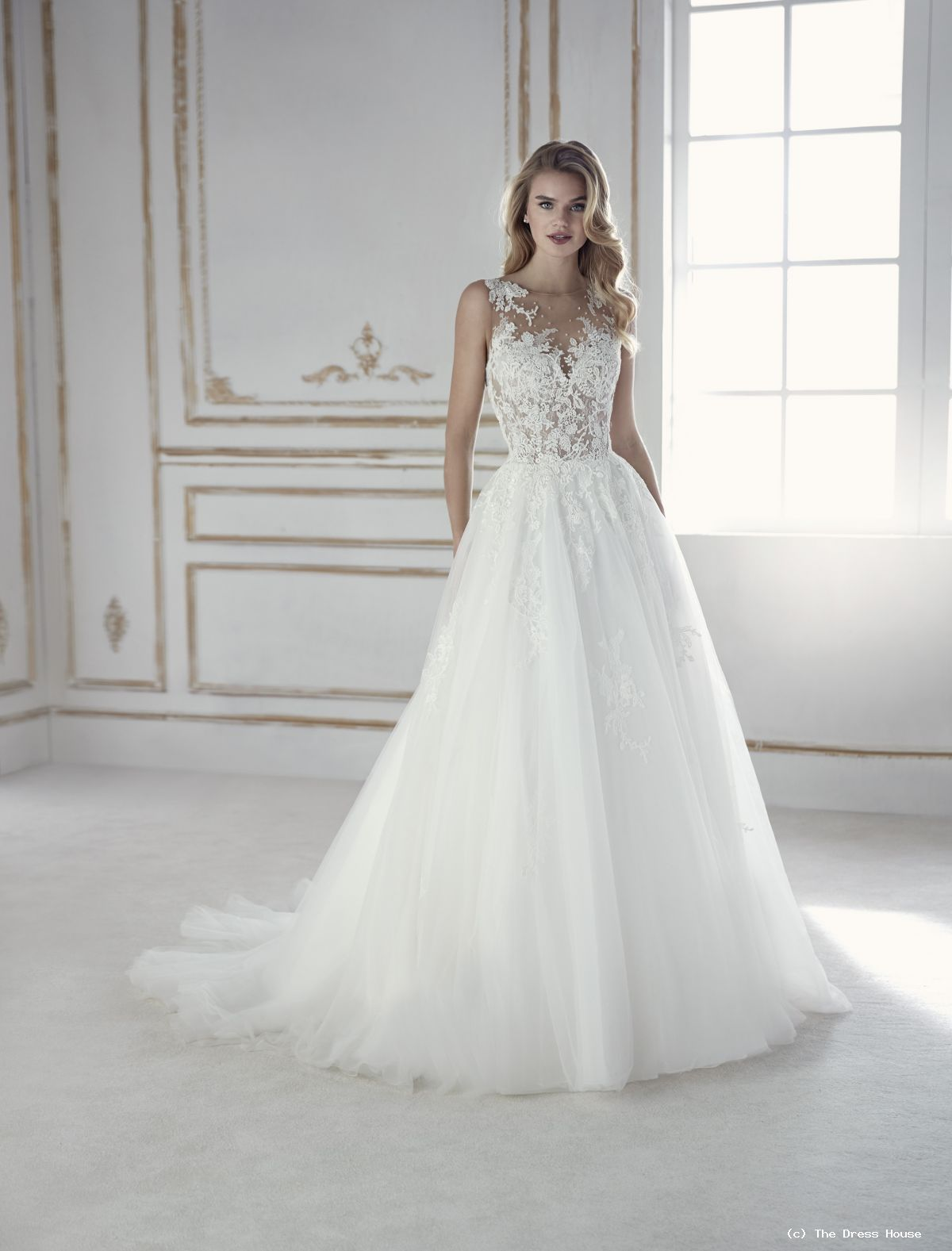 autentico cb453 8984a La Sposa By St Patrick | The Dress House